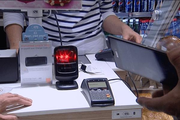 Un paiement sans contact grâce à une puce NFC