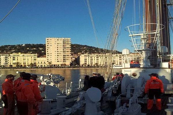 Sète (Hérault) - le voilier espagnol Juan Sebastian de Elcano arrive près du quai d'Alger- 31 janvier 2014