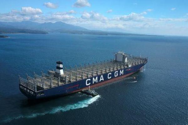 CMA CGM le nouveau navire amiral du groupe marseillais chargera ses premiers conteneurs le 6 février.