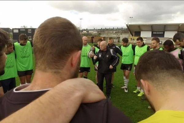 Image d'archives. Richard Hill et les joueurs du Rouen Normandie Rugby