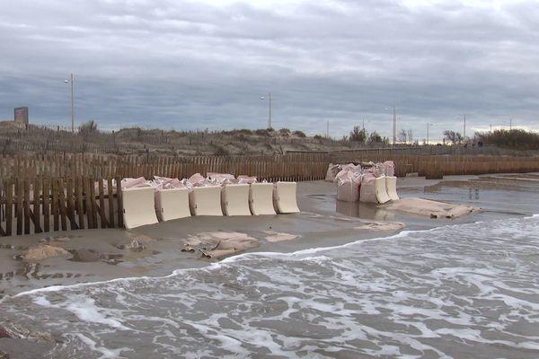 Ce dispositif anti-vagues permet de casser la houle et ainsi, de protéger le littoral.