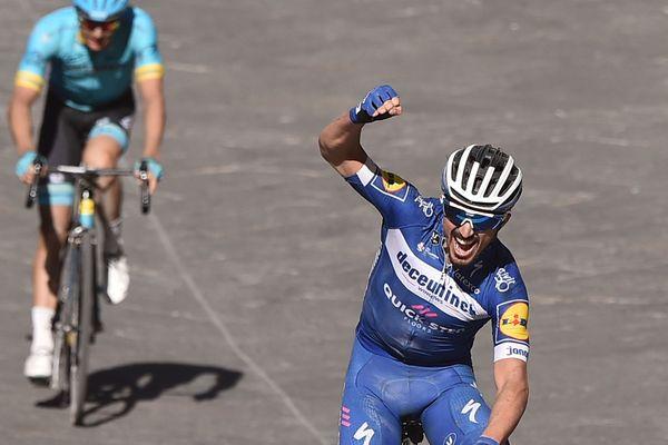 Le cycliste Julien Alaphilippe a été magistral et a remporté les Strade Bianche en Italie, pour sa première participation.