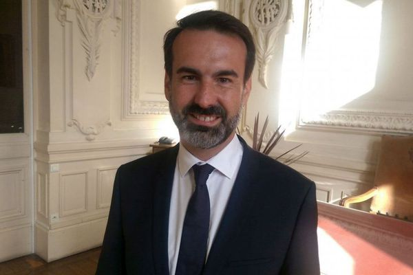 Mercredi 28 août, le maire de Vichy, Frédéric Aguilera a été reçu par deux conseillers du président Emmanuel Macron.