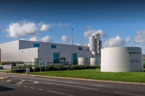 L'usine Wec Mâts Béton qui produit des mâts d'éoliennes a été inaugurée en 2012 à Longueil-Sainte-Marie dans l'Oise