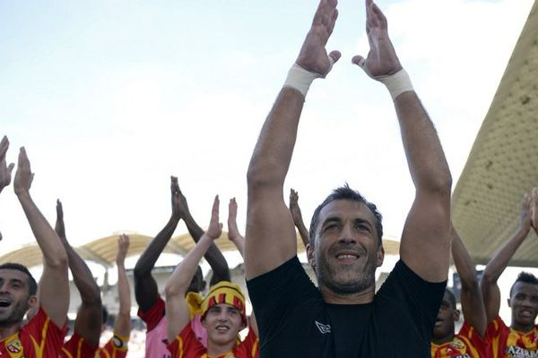 """Premier """"clapping"""" en Ligue 1 pour Rudy Riou et ses équipiers."""