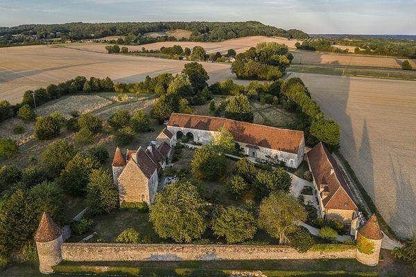 Dans l'Orne, au coeur du Perche à  à Boissy-Maugis, le Manoir de la Moussetière bénéficiera d'un temps éclairci dans la matinée de ce SAMEDI.