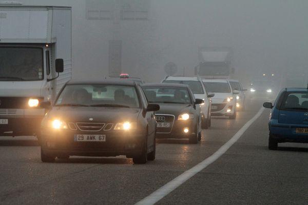 Les pics de pollution aux particules fines ou à l'ozone sont devenus plus fréquents, comme ici sur le réseau autoroutier alsacien.