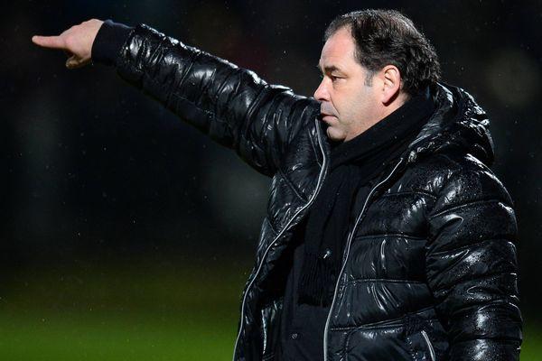 22e journée de Ligue 1 PARIS SAINT GERMAIN - ANGERS, Stéphane Moulin (Angers) 23/01/2016