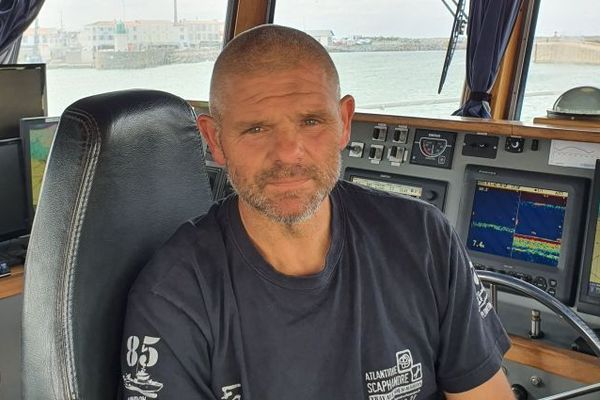 David Bossard est marin et plongeur, mais aussi patron de sa société. Il a fait le choix d'investir pour prendre en charge les travaux au large nécessités par les futurs parcs éoliens