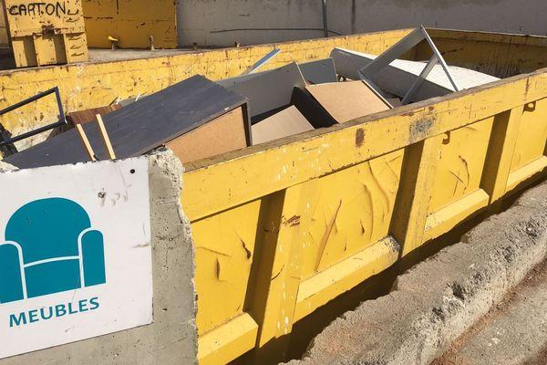 20/11/2018 - Il est désormais possible de déposer oreiller, couettes ou traversins en recyclerie en Corse.