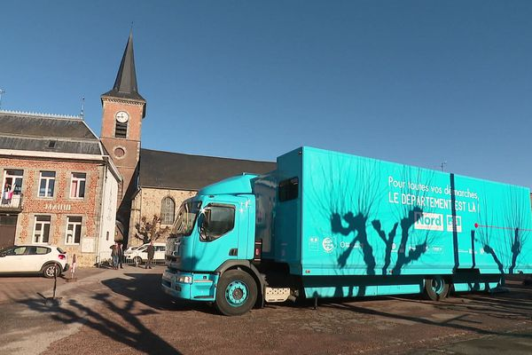 Le bus France services ira à la rencontre des habitants de vingt communes de l'Avesnois.