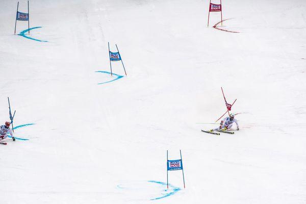 Le slalom géant parallèle à Chamonix ce dimanche 9 février 2020, lors de l'étape de coupe du monde de ski alpin.