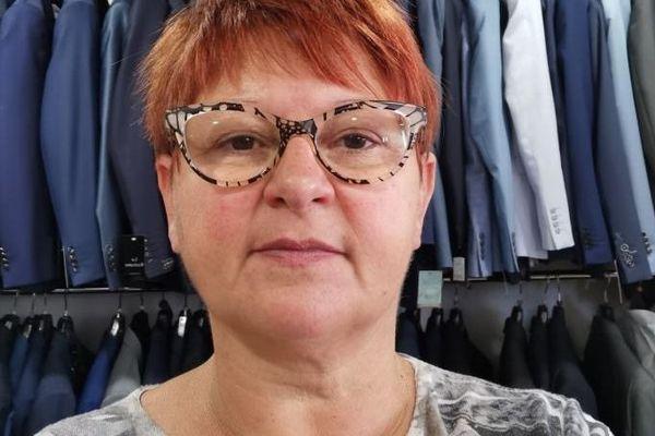 """Catherine Piralla est la gérante de la boutique """"Charme et Style"""" à Pontarlier"""