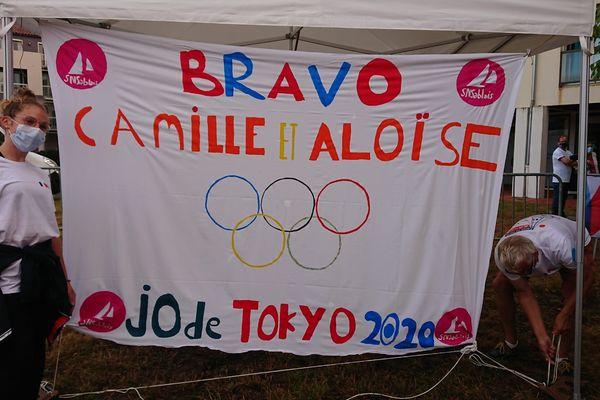 Les supporters sablais sont fiers des skippeuses Aloïse Retornaz et Camille Lecointre, médaillées de bronze aux jeux olympiques de Tokyo
