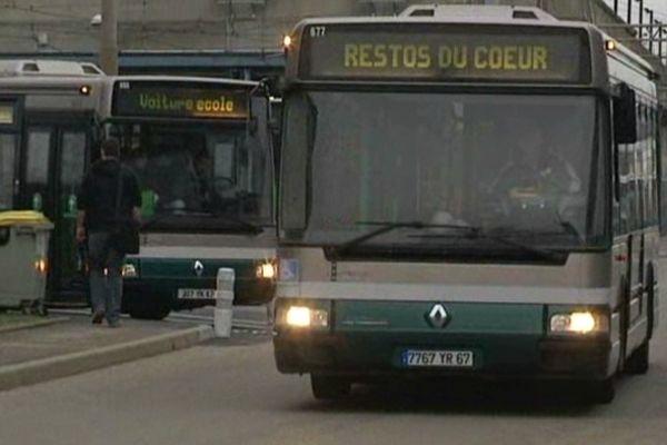 Ce bus permettra de distribuer au moins 15.000 repas par an