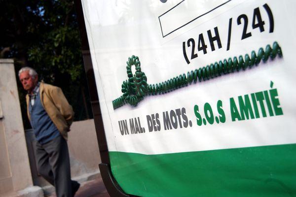 SOS Amitié recrute 500 bénévoles dans toute la France.