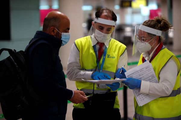 """ILLUSTRATION. L'Espagne impose déjà la présentation d'un test PCR négatif réalisé dans les 72 heures précédant l'arrivée pour tout voyageur venant d'un pays """"à risque""""."""