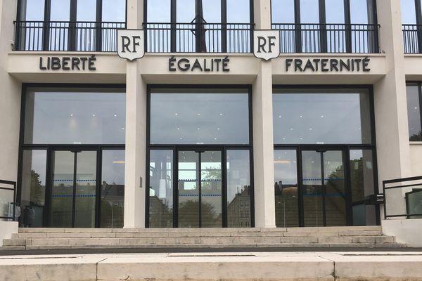 La mairie de Saint-Nazaire
