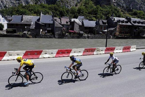 Les coureurs du Tour de France à Saint-Béat le 7 juillet 2013