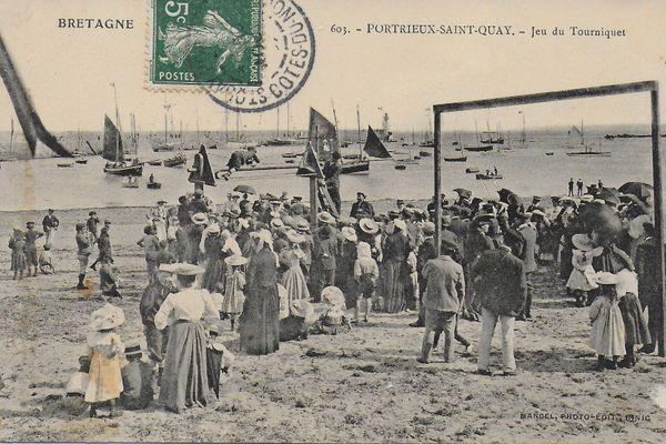 Le Portrieux au début du XXe siècle : la plage connaît son essor touristique grâce aux travaux d'aménagement menés sous l'impulsion du maire Alfred Delpierre (maire de 1919 à 1941).