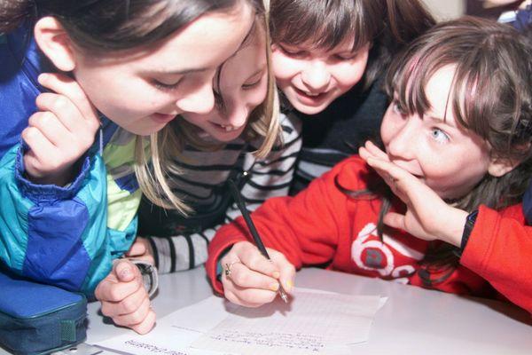 Quand on est jeune, on apprend progressivement à se construire en tant que citoyens.