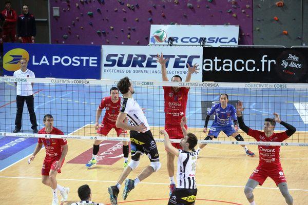 Ajaccio/Poitiers, victoire des Corses 3 sets à 0.