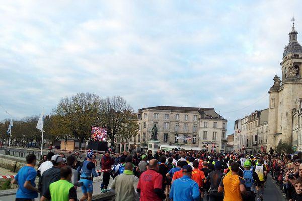 Le départ du Marathon de La Rochelle 2013.