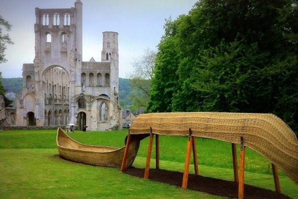 L'abbaye de Jumièges propose deux exposition une  à ciel ouvert, et une intitulée l'eau et les rêves dans le cadre de Normandie Impressionniste.