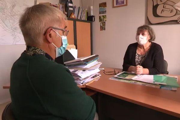 La maire de Saint-Laurent-en-Grandvaux Françoise Vespa souhaite construire une maison de santé...si des futurs médecins viennent s'installer dans sa commune.