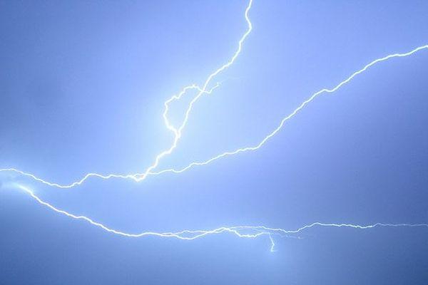 Des orages sont en cours dans le Var et les ALpes-Maritimes, le littoral devrait être épargné.
