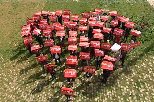 Les militants socialistes et écologistes mobilisés pour soutenir Benoît Hamon