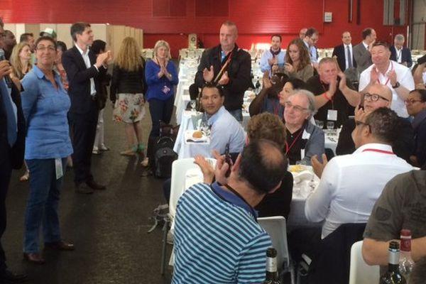 Le maire de Poitiers et le premier secrétaire du PS ont remercié les bénévoles.