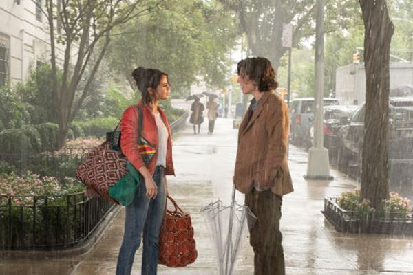 UN JOUR DE PLUIE À NEW YORK (2019) Woody Allen, Selena Gomez, Timothée Chalamet