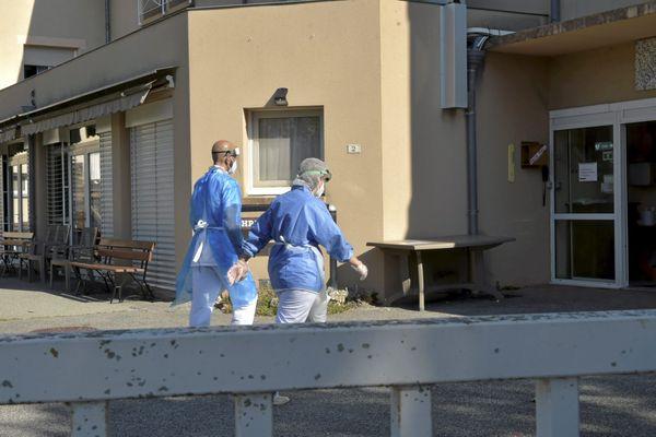 Séverac d'Aveyron : 49 résidents testés positifs au coronavirus