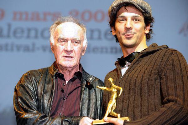 En 2009, l'acteur Tomer Sisley s'est vu remettre le prix Rémy Julienne... par Rémy Julienne !