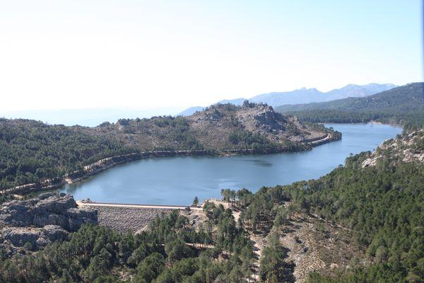 Les barrages de la Corse ont atteint près de 85 % de leur capacité à la mi-avril, selon l'OEHC.