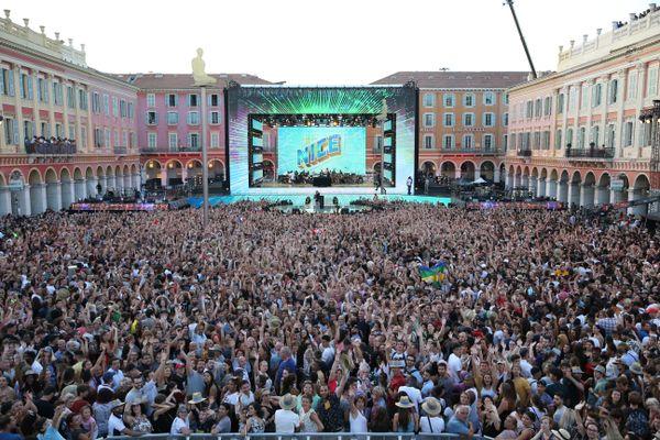 """La fête de la musique 2021 risque d'être à nouveau compromise dans de nombreuses communes à cause du COVID 19. Le grand concert de 2019 """"Tous à Nice"""" n'est qu'un souvenir !"""
