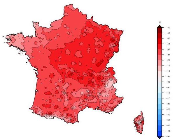Plus la zone est rouge, plus les températures moyennes ont été supérieures aux normales de saison.