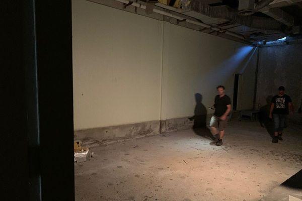 Le cannabis serait cultivé à l'intérieur du bunker.