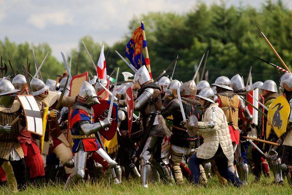 Reconstitution de la bataille d'Azincourt le 25 juillet 2015.