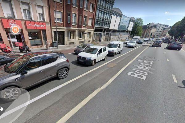 Le piéton a été renversé boulevard des Belges vers 22H30