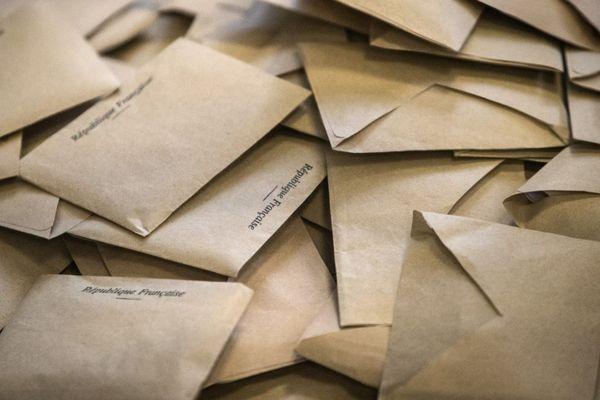 En Corse, 10 listes se présentent aux prochaines élections territoriales de 20 et 27 juin prochains.