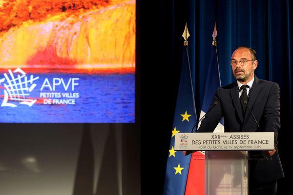 19/09/2019. Assises de l'association des petites villes de France au Pont du Gard avec le Premier ministre , Edouard Philippe.