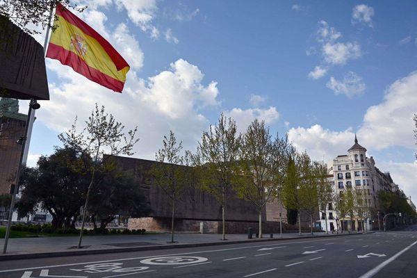 Le centre ville de Madrid vidé de ses habitants, qui comme les Français sont en confinement.