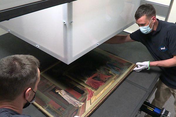 Un tableau du peintre Jean-Auguste-Dominique Ingres scanné pour créer une copie numérique de l'œuvre