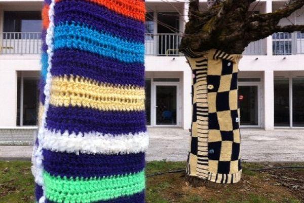 Du Yarn Bombing à Tulle