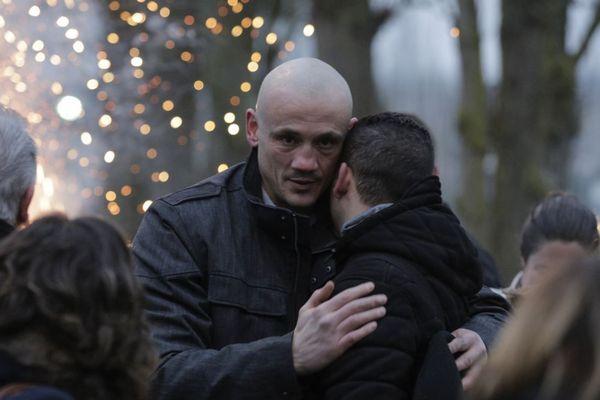 Christophe Dettinger, ex-champion de boxe, a été condamné à un an de prison en semi-liberté après avoir frappé deux gendarmes le 5 janvier dernier à Paris.