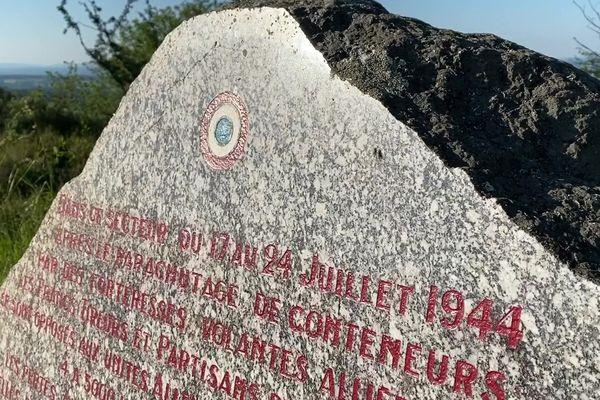 La stèle du mont Gargan commémorant la bataille de juillet 1944 entre les Allemands et les maquisards.