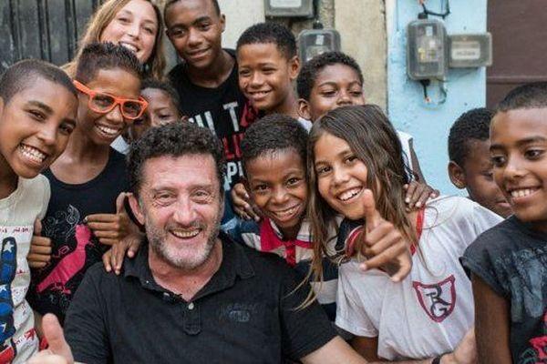 Christophe Simon et les jeunes photographes de Rio