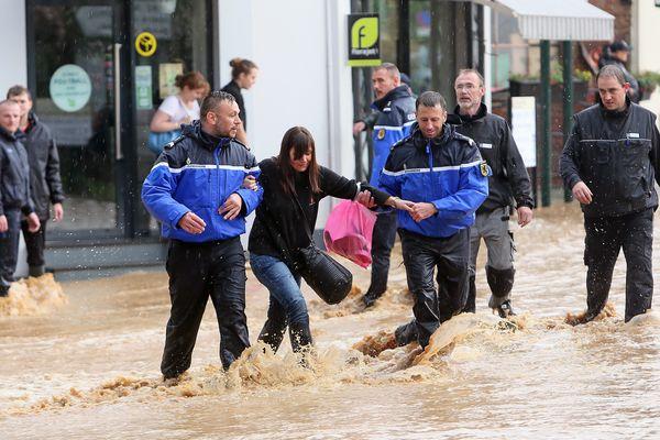Inondations à Pas-en-Artois.